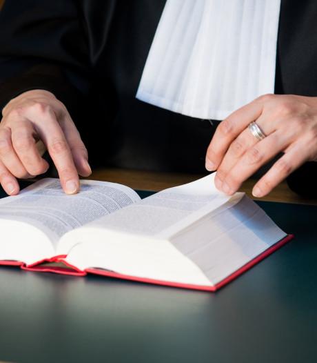 Utrechter hoort drie jaar cel eisen voor brandstichting in Zwijndrechtse woning van ex