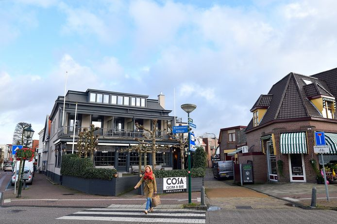 Hotel Promenade, aan de Amalialaan in Baarn