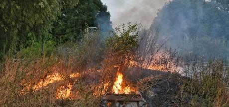 Flinke bermbrand op Meierijbaan in Tilburg