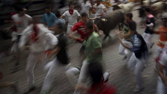 Stierenlopen in Pamplona (archiefbeeld).