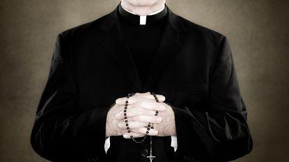 Helft Nederlandse bisschoppen wist van misbruik binnen Kerk