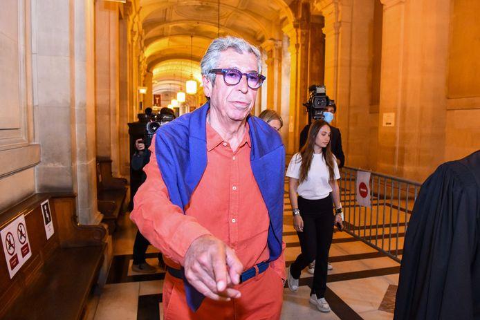 Patrick Balkany à la sortie du palais de justice de Paris après sa condamnation à cinq ans de prison ferme.