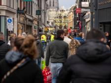 Volle winkelstraten in Breda, ondanks corona: 'Ik heb er niet bij nagedacht, ik had gewoon schoenen nodig'