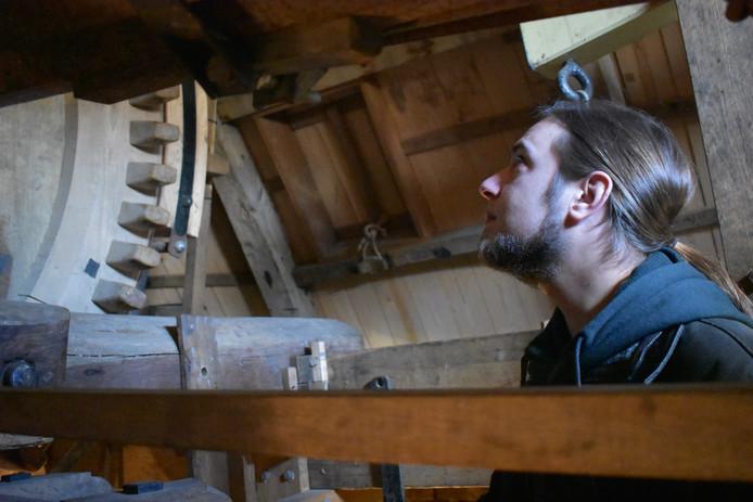 Jochem Poot, een van de jongste molenaars in Zeeland.