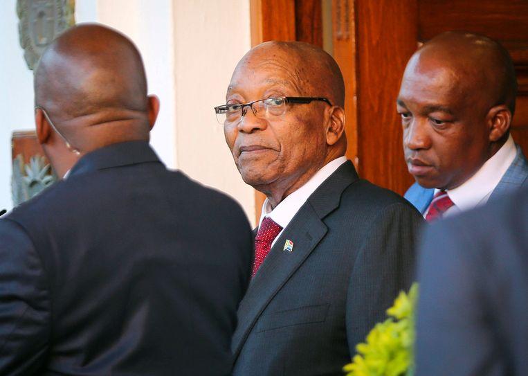 President Jacob Zuma (midden)