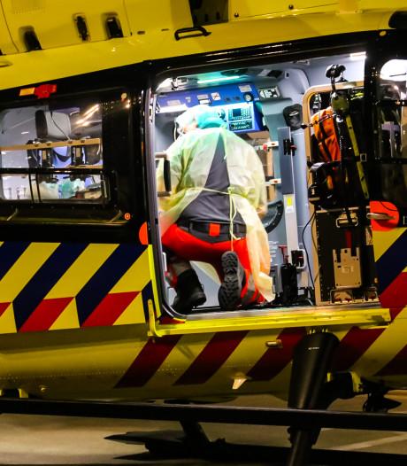 Tijdelijke helikopterbasis op terrein ziekenhuis Rijnstate