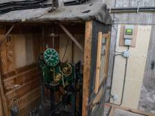 Mechanische moederklok van de Heilige Blasiuskerk in Delden gaat met pensioen