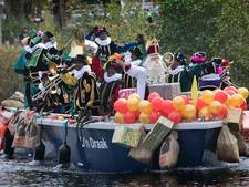 Duizenden mensen verwelkomen Sinterklaas in Eindhoven