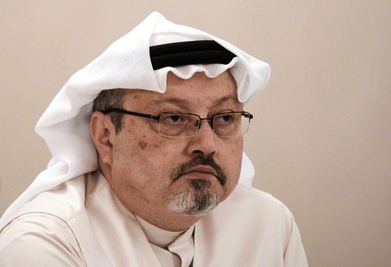 De in het Saoedische consulaat in Istanboel gedode journalist Jamal Khashoggi. België overweegt om alle wapenleveringen aan Saoedi-Arabië op te schorten zodra bewezen wordt dat het land verantwoordelijk is voor de moord op de kritische journalist.