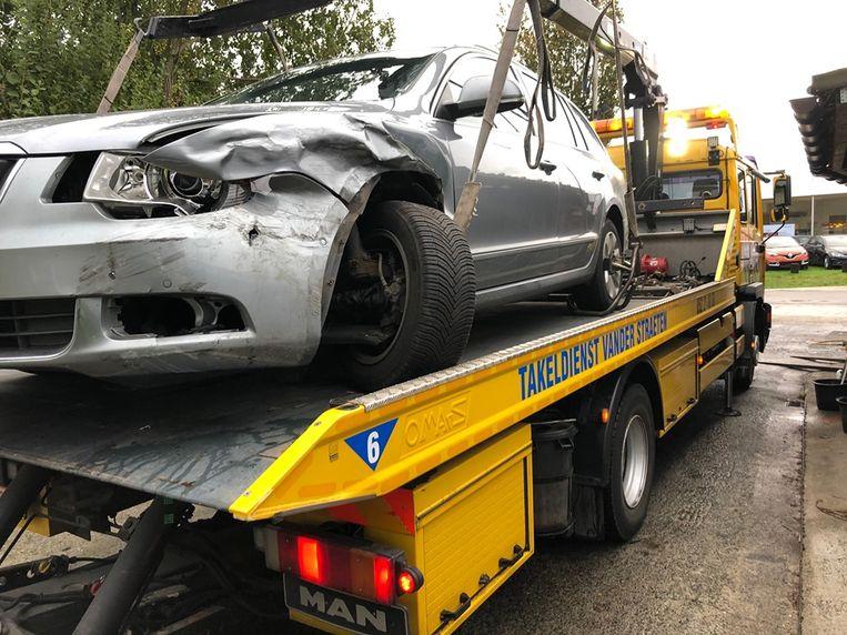 De voertuigen liepen lichte schade op bij de aanrijding.