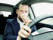 'Grieperige automobilist rijdt net zo slecht als dronkaard'