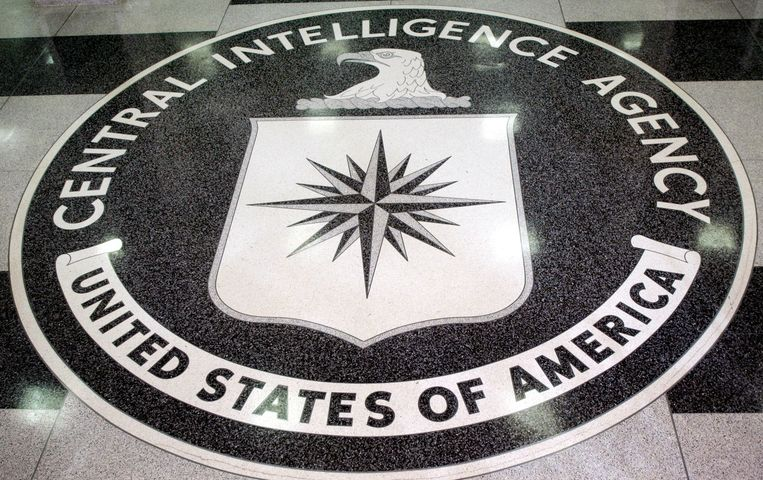 Het logo van de Amerikaanse inlichtingendienst CIA op het hoofdkantoor in Langley, Virginia.