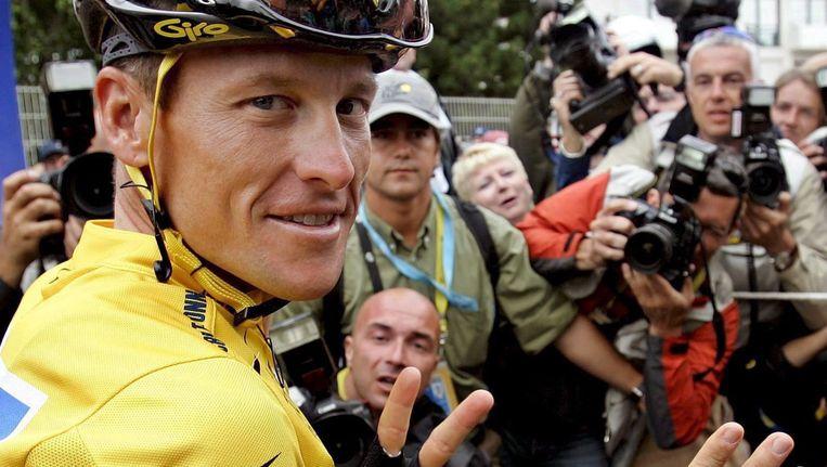 Ik had J., die altijd zo van wereldliteratuur hield, uitgerekend het boek van Lance Armstrong gegeven. Beeld epa