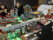 Deze familie bouwt een winterdorp van Lego