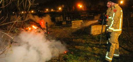 Brandweer kan brandende composthoop in Eindhoven niet vinden, tweede melding brengt redding