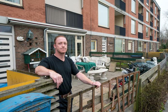 Ex-dakloze Joop leeft tussen muizen en ratten.