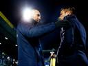 """Jaap Stam, die bij Feyenoord na dit seizoen het stokje overneemt van Giovanni van Bronckhorst (r), kreeg Reading volgens zijn voormalige spelers behoorlijk aan het voetballen. ,,Wij tikten tegenstanders helemaal kapot. Soms hadden we het gevoel dat we Barcelona waren."""""""