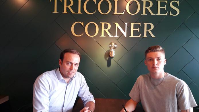 Technisch directeur Joris Mathijsen met James McGarry.