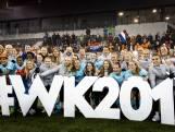 Leeuwinnen grijpen WK-ticket ondanks rood Dekker