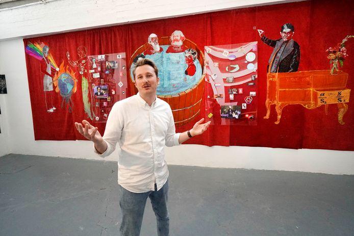 Youri Appelo, curator van Expoplu voor het kunstwerk Cooking The New Planet.