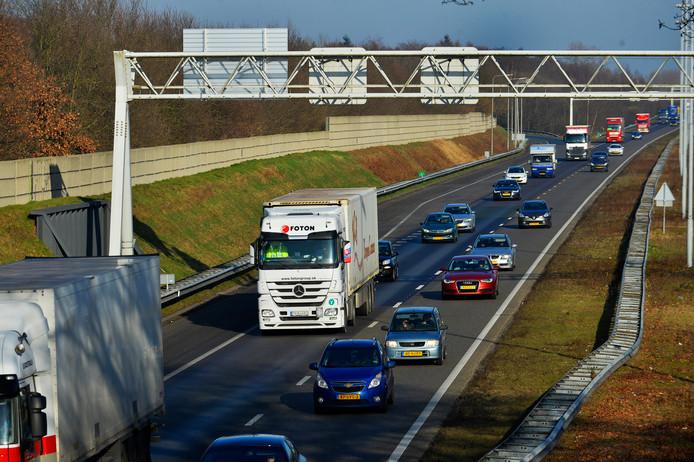De A58 bij het knooppunt Annabosch bij Ulvenhout.