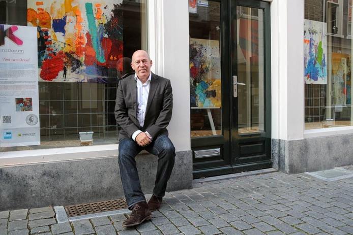 """Frank Dekkers, de nieuwe voorzitter van Stichting Kunstforum: """"Een leegstaand pand is geen gezicht. Wij zorgen voor het visitekaartje."""" foto Chris van Klinken / Pix4Profs"""