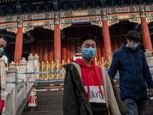 La Chine se barricade face au nouveau virus, des étrangers bientôt évacués