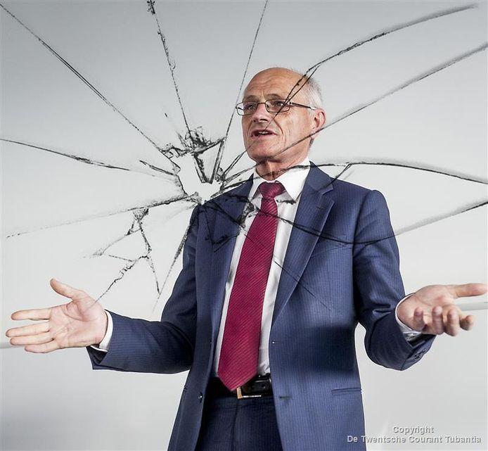 Na de voltallige top van Centric stappen nu ook topmensen van Gerard Sanderinks andere bedrijven op.