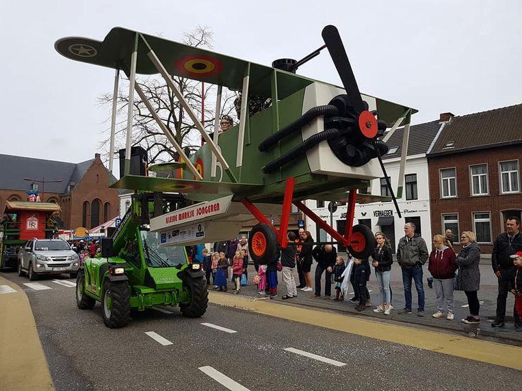 Het vliegtuigje van de Kleine Markweg vorig jaar.