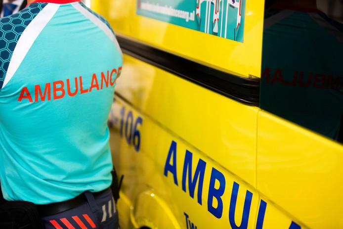 Tientallen hulpverleners doen in Borne mee aan een grote rampenoefening.