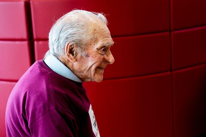 Tom Hicks, een 100-jarige Engelsman, vocht mee tijdens de Slag om Arnhem.