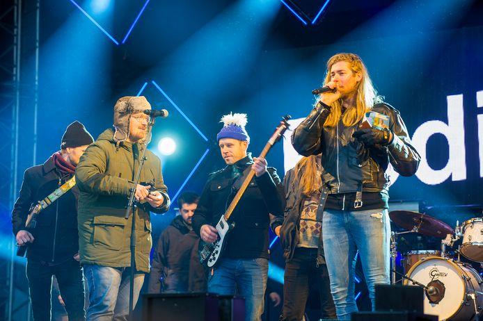 Solid Ground huurde zaterdagmiddag het grote podium bij Serious Request. © Maarten Sprangh