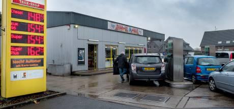 Duitse benzine wordt duurder, dus blijven de Hollanders weg