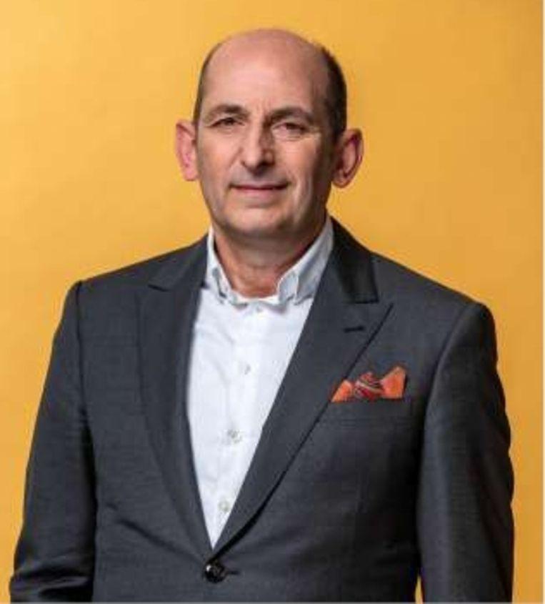 Marc Penxten, burgemeester van Alken: 'Er valt een hele generatie tussenuit, de generatie van mijn vader zaliger.' Beeld