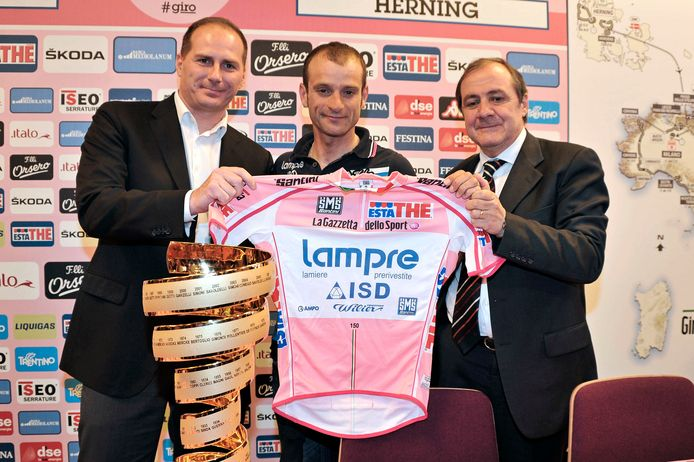 Links: Michele Acquarone, samen met mede-directeur Mauro Vegni en Michele Scarponi