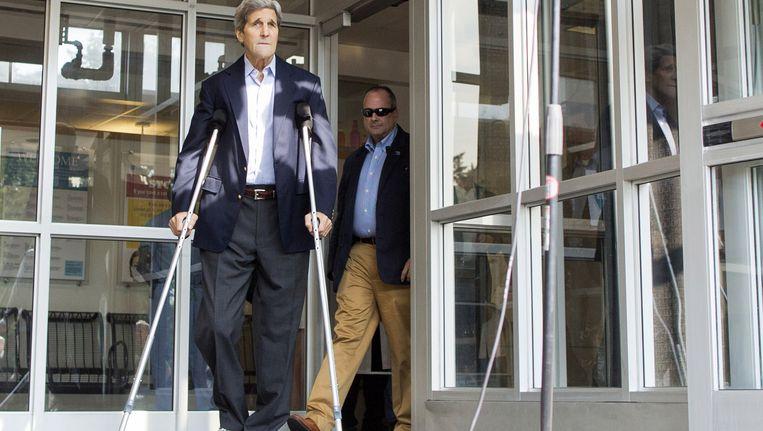 John Kerry komt het ziekenhuis in Boston uit