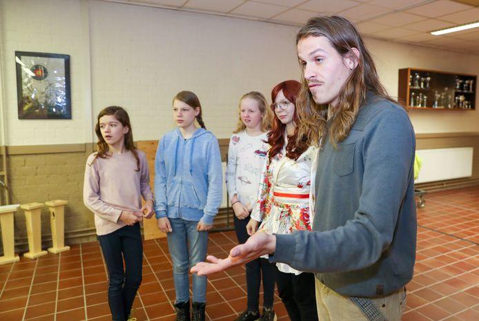 Workshop door *Jurjen Zeelen* bij het Mierloos Amateur toneel in Mierlo