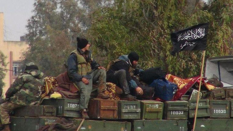 Rebellen van een aan al-Qaeda gelieerde organisatie in Syrië. Beeld ap