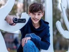 Aaron (13) schreef op zijn tiende een boek, nu droomt hij van een eigen studio: 'Ik wil toffe dingen maken'
