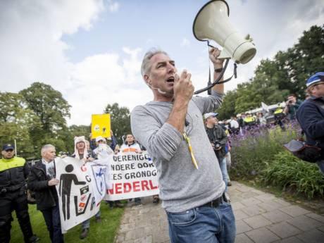 Pegida: kom massaal als Zwarte Piet naar Apeldoorn!