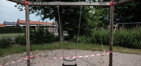 Rupsen bederven speelplezier in Winterswijk: 'De kinderen moeten binnenblijven'