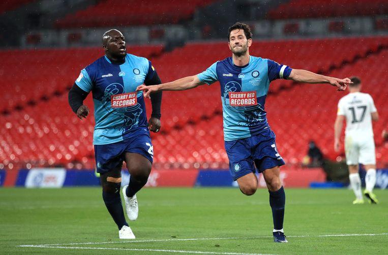 Akenfinwa en zijn ploegmaats stelden dit weekend de promotie veilig op Wembley.