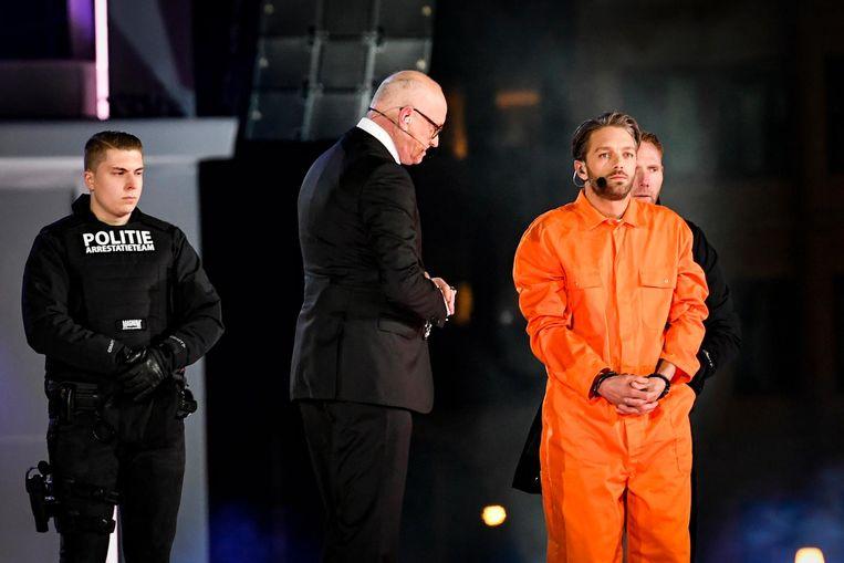 Musicalacteur Tommie Christiaan (r) in de rol van Jezus en Arjan Ederveen in de rol van Pilatus Beeld anp