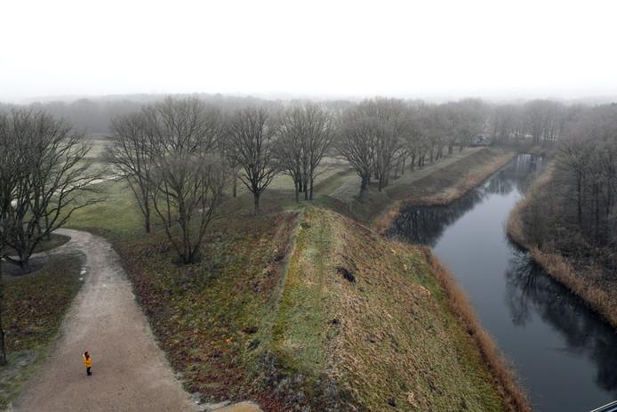 Landgoed Buitenlust biedt afwisselend bos en open natuur. Er zijn veel fiets- en wandelpaden door het gebied.