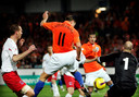 Danny Koevermans scoort tegen Luxemburg zijn enige interlandgoal ooit voor Oranje.