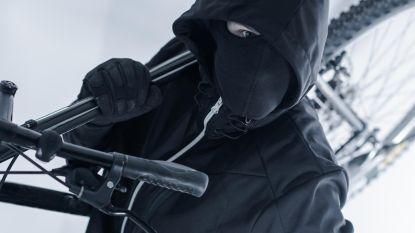 """Fietsdieven wisselen van jas voor bewakingscamera's: """"Een list? Neen, dat is bij ons een traditie"""""""