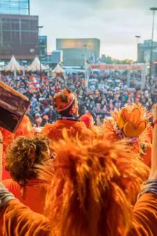 16.000 mensen zingen dwars door druppels heen op Tilburg Zingt