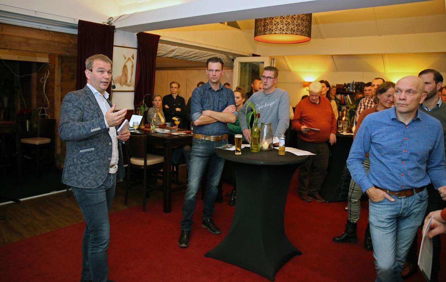 Martin van der Sluis (links) van PlasmaMade.