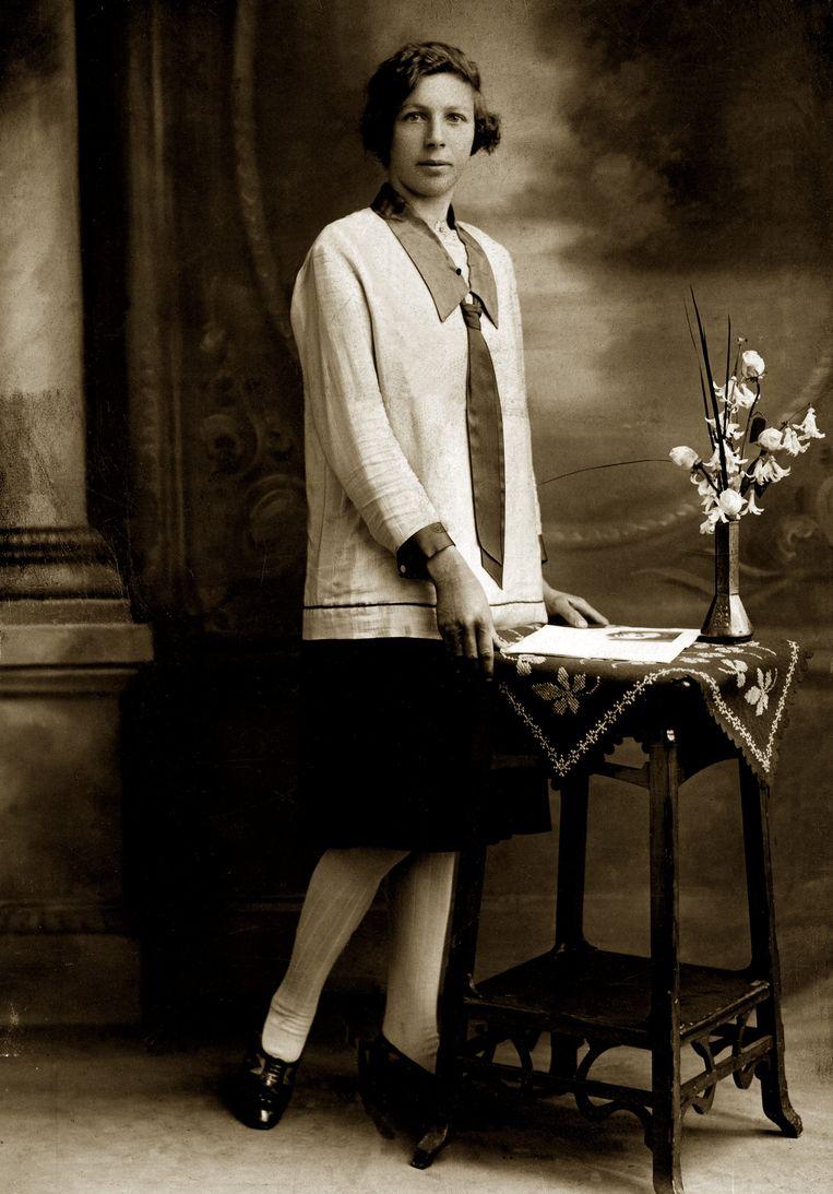 Germaine als achttienjarige in 1927.