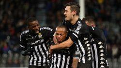 VIDEO. Charleroi stuurt Cercle met sprekend gemak wandelen en duikt top zes binnen
